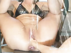 Mega Fisting, anal, double, squirting and smoking.