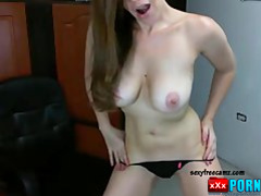 Hot And Young Brunnete Webcam Tease