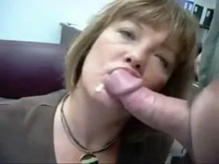 Зрелая женщина делает минет в офисе фото 664-42